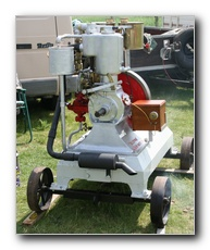 Saunderson Elstow 4hp vertical engine